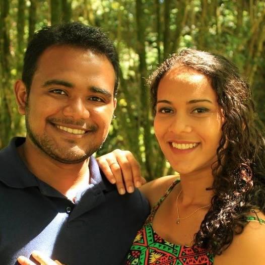 Gleidson e Pamela Praia